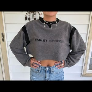 Cropped Harley sweater